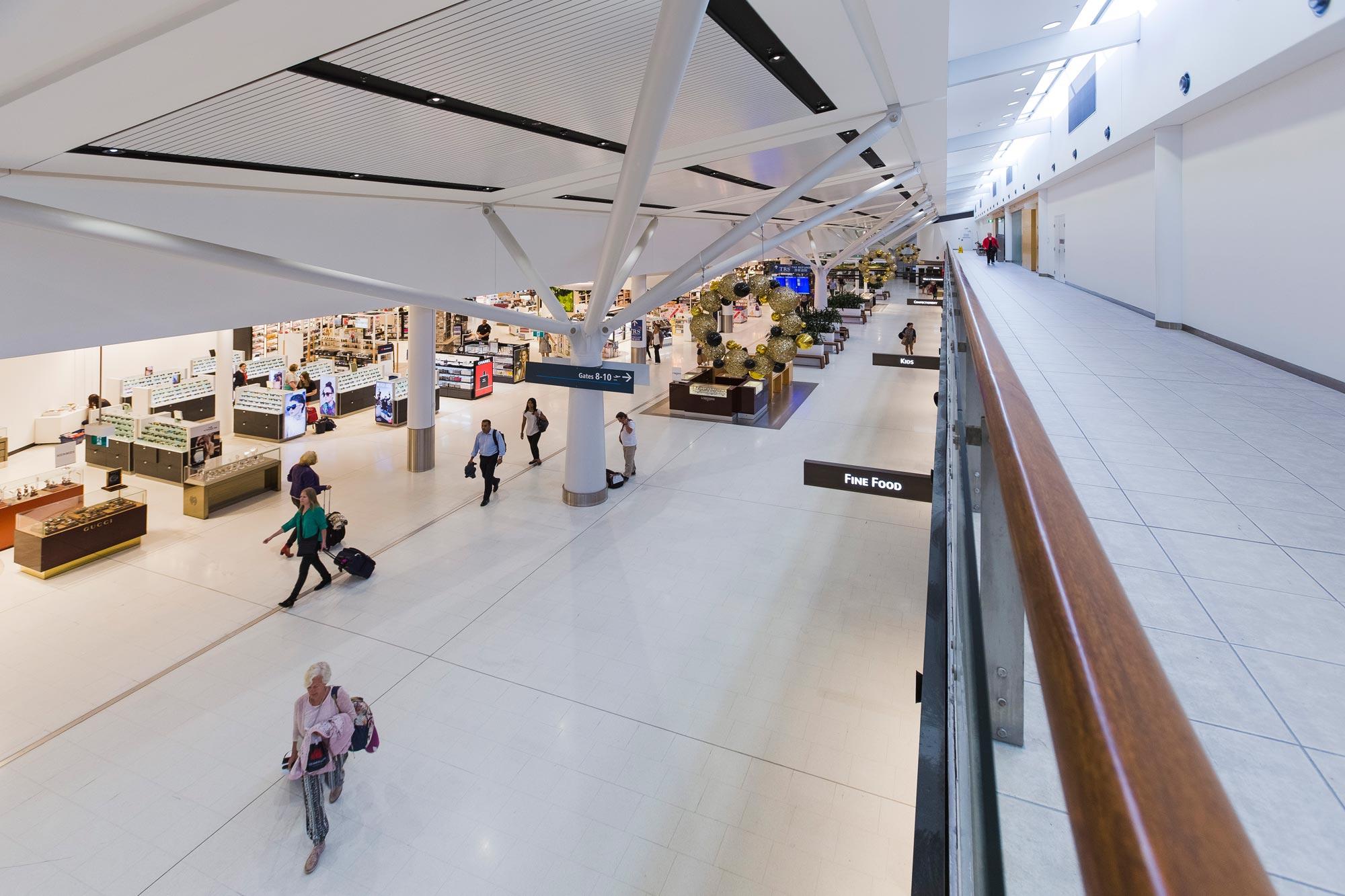 Sydney airport t1 00002