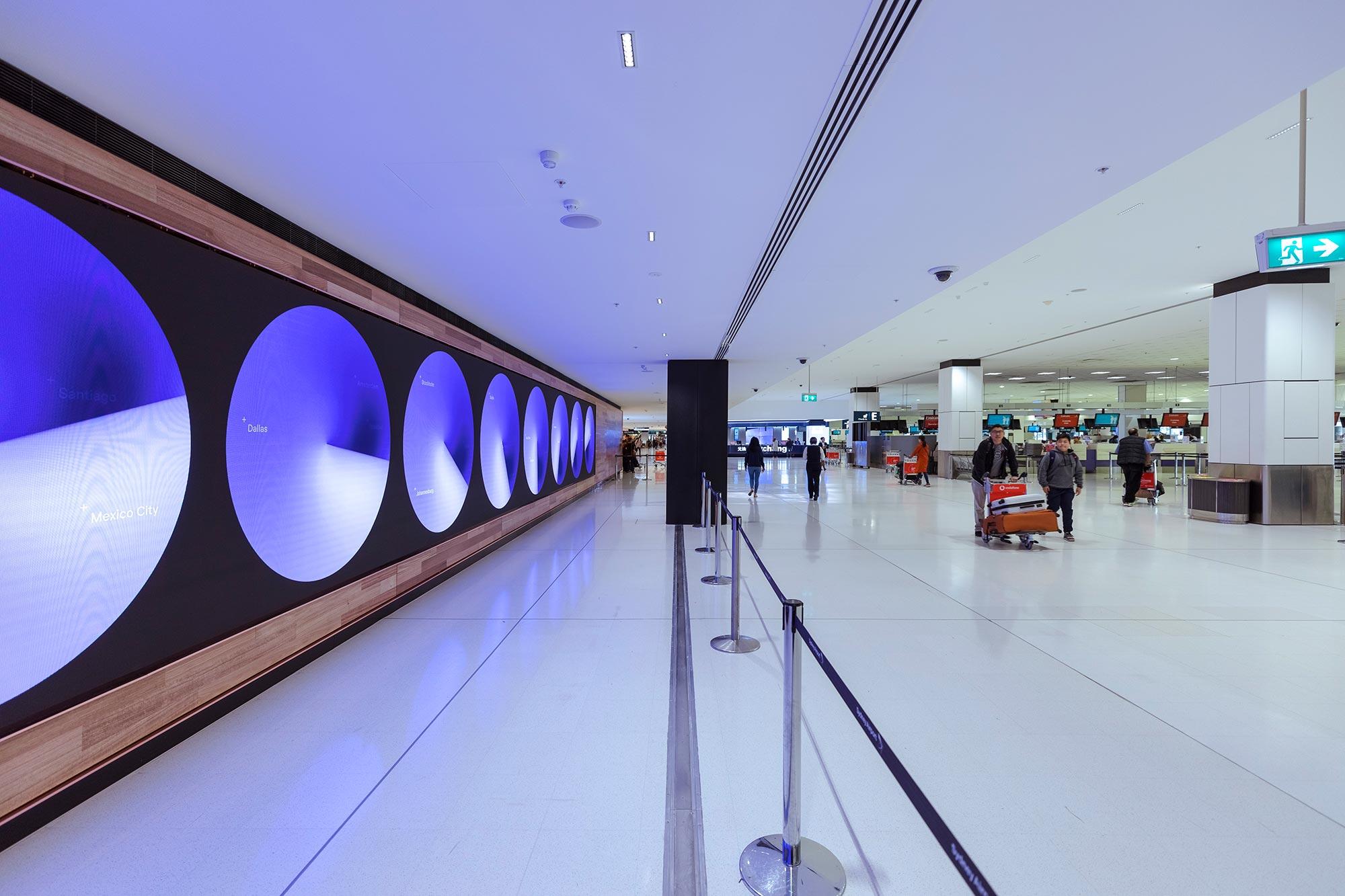 Jac 191121 01 airport 2000x1333
