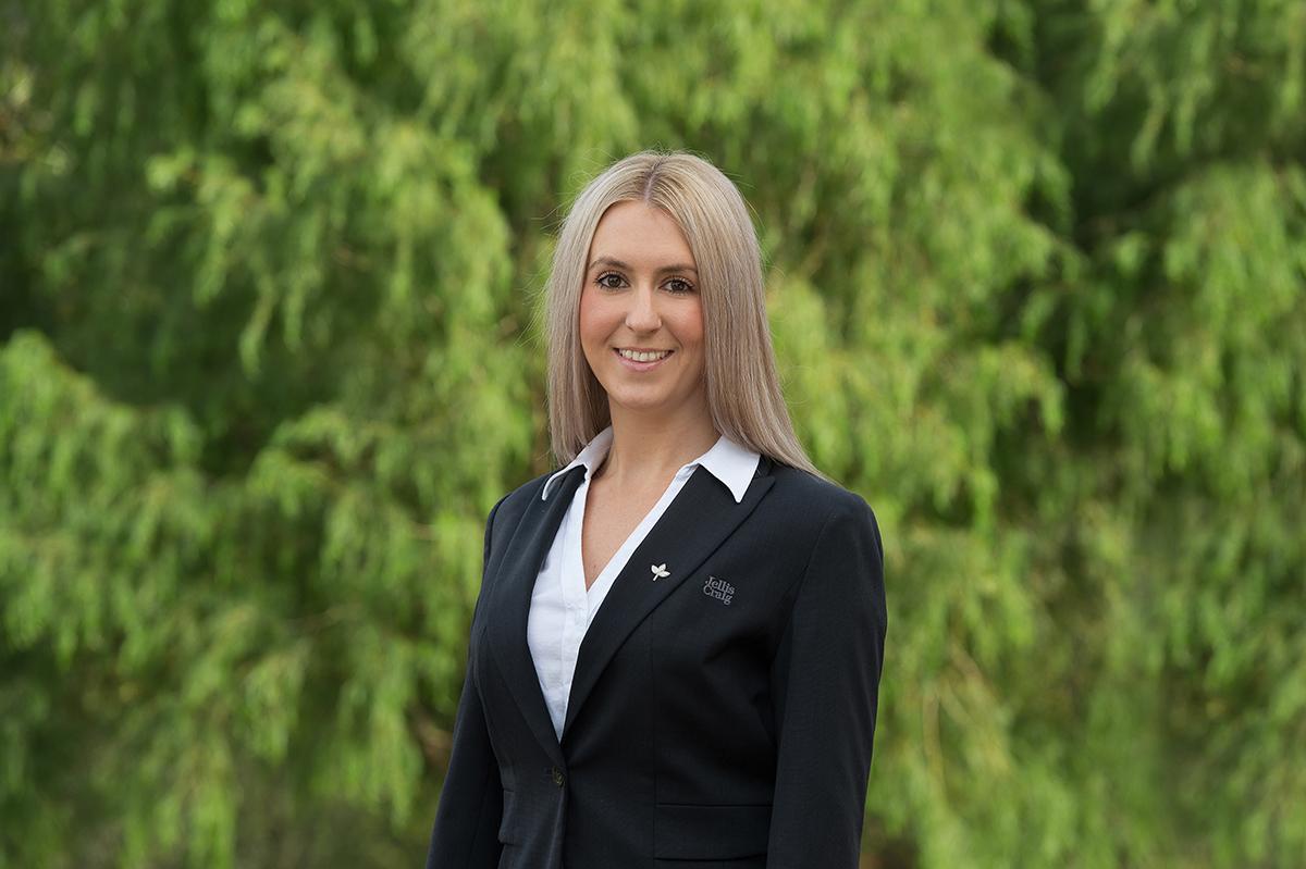 Samantha Newton