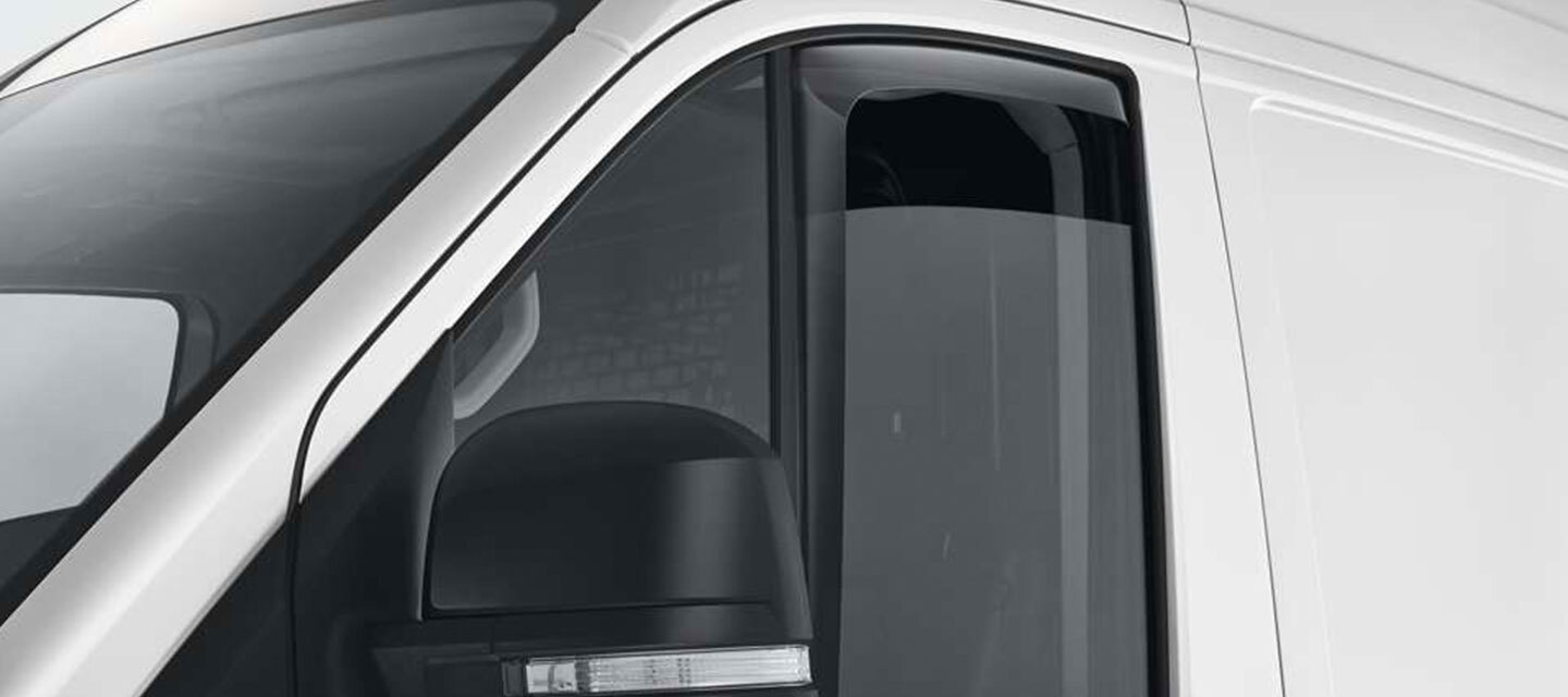 Crafter Cab Chassis Weather Shield