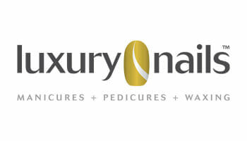 Luxury Nails logo