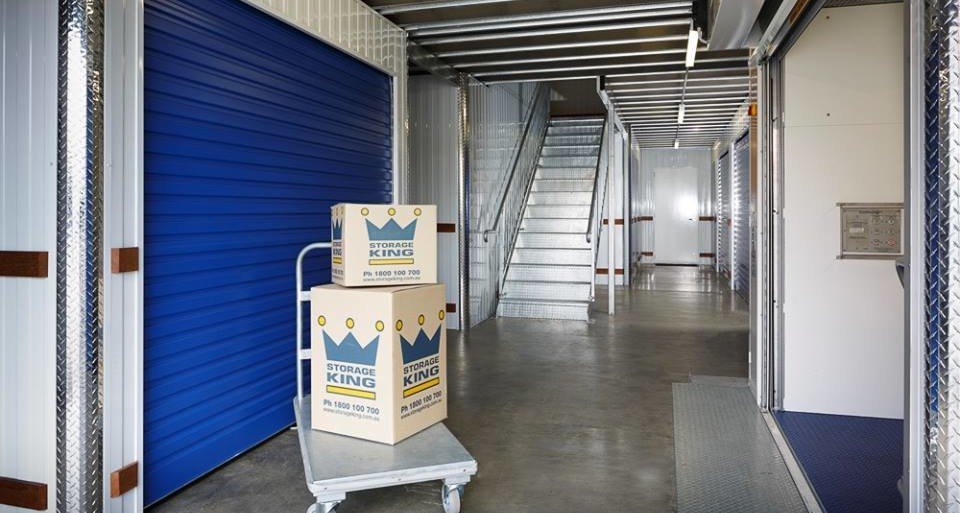 storage king inside