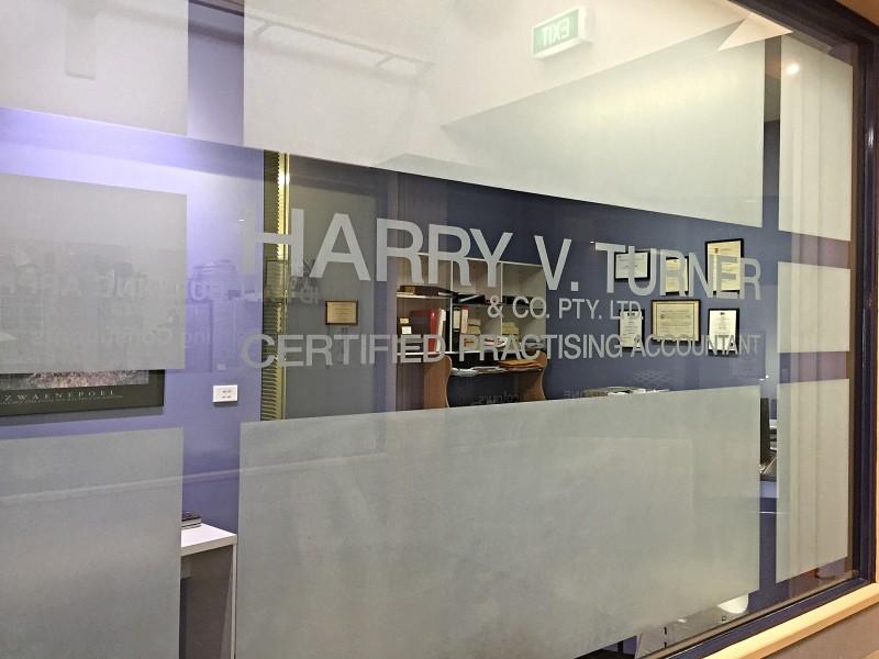 Harry V Turner