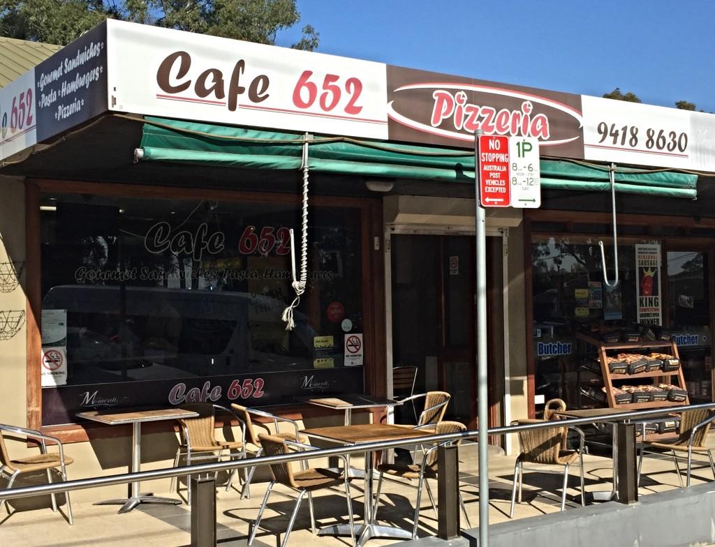 Cafe 652