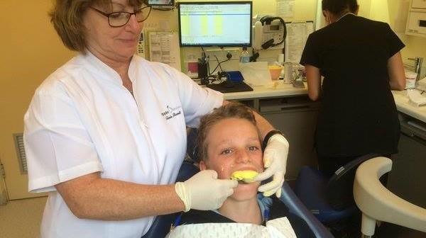 apple dental mouthguard