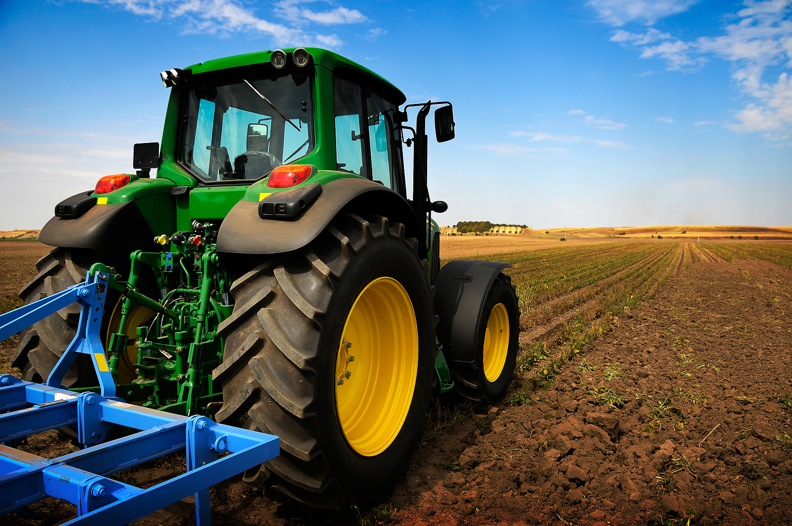 The Basics: Farm Tractor Licencing and Training