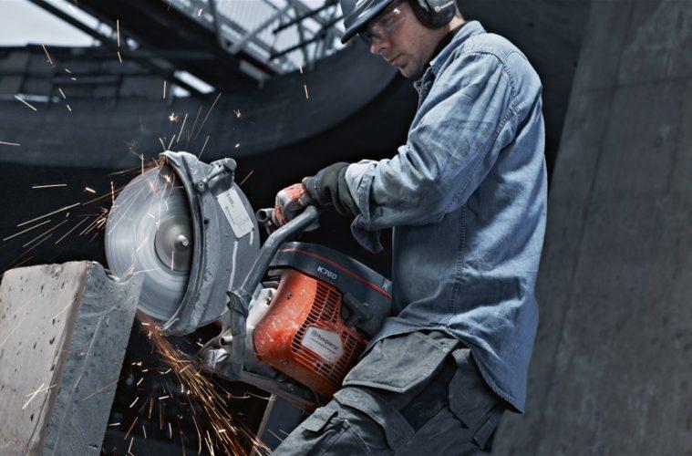 Hand held metal grinder