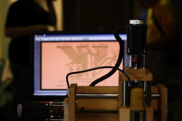 How to use a CNC machine