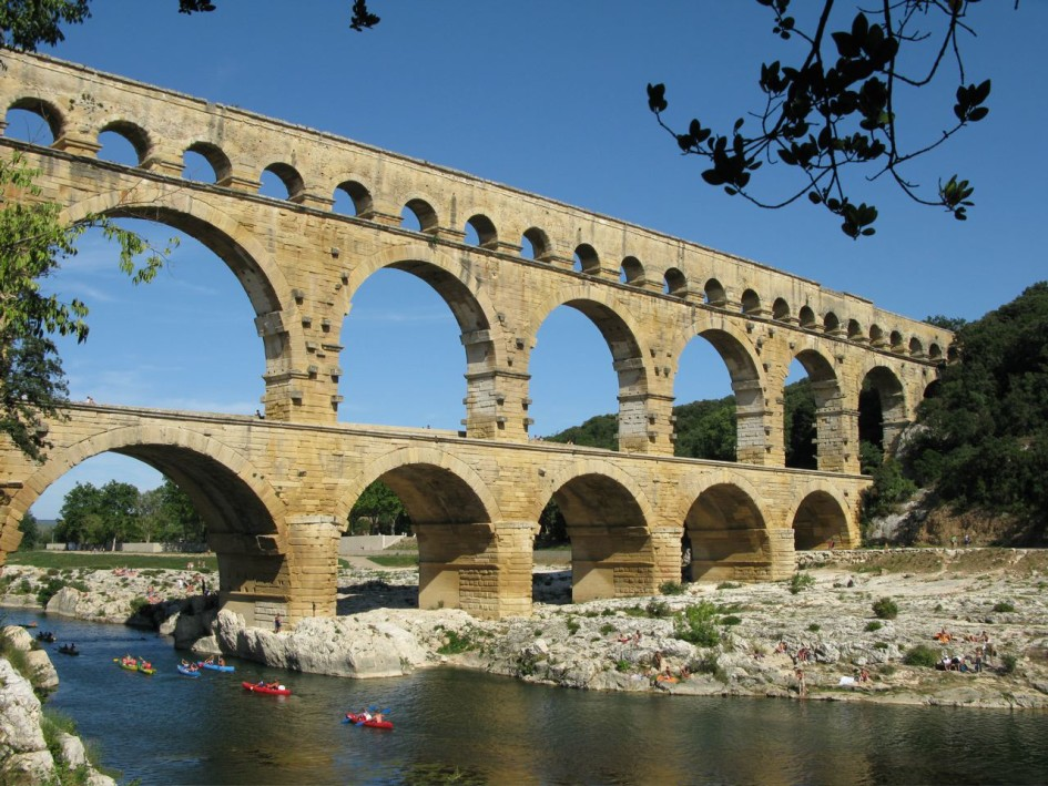 Bridge Construction Methods: Why Are Roman Bridges So Stable?