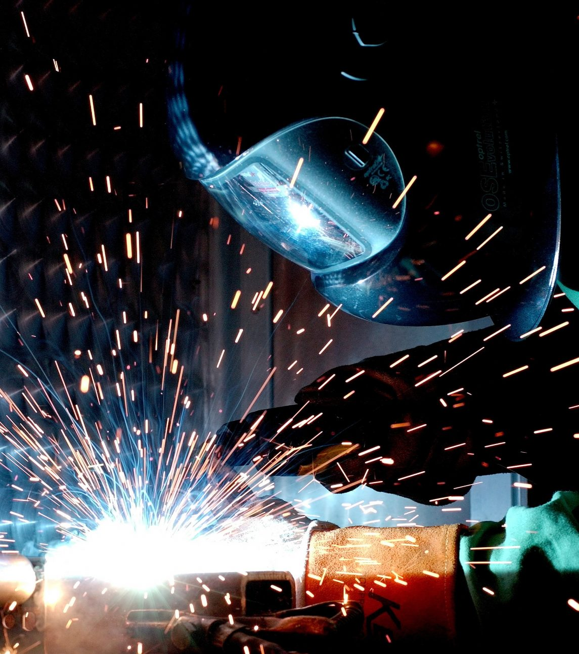 What are the Australian Safety Standards for Welding Gear?