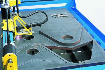 PlasmaCAM cutting thick steel