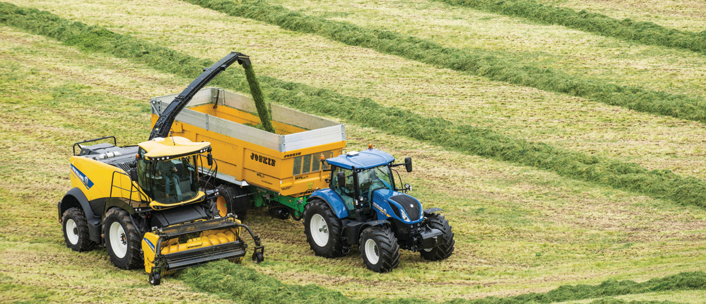 SIMA's 2017 'Machine of the Year' Award Goes to New Holland