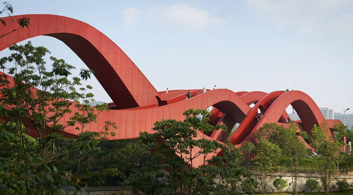 Lucky Knot Dragon King Kong Bridge