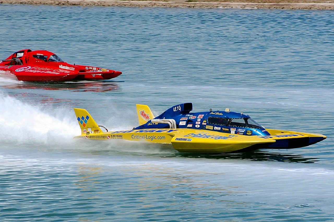 The Insane 3000hp World of Helicopter-Propelled Jetboats