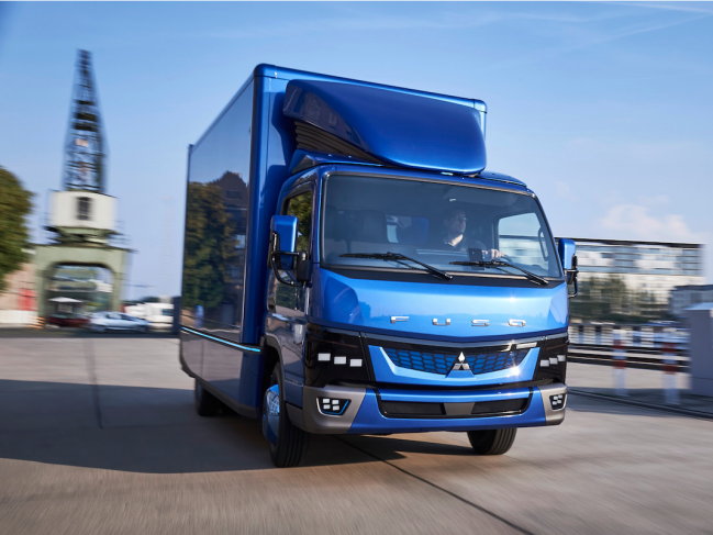 Electric Truck-Off: Tesla vs Fuso