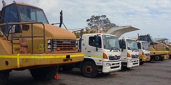 Gregsons Perth Auction - Earthmoving, Transport & Mobile ...