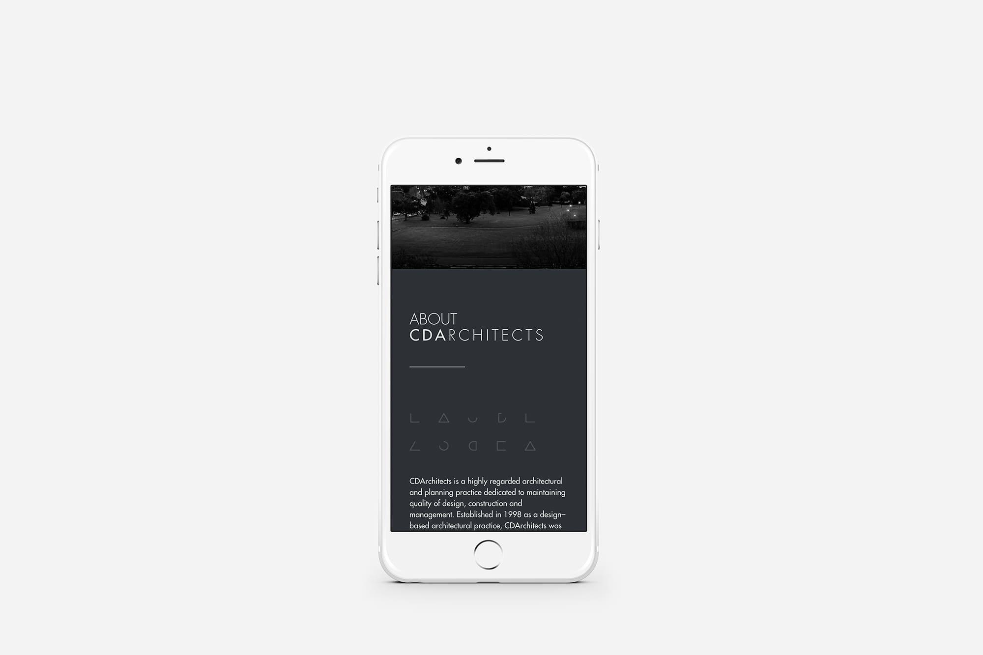 iphone-mockup-min