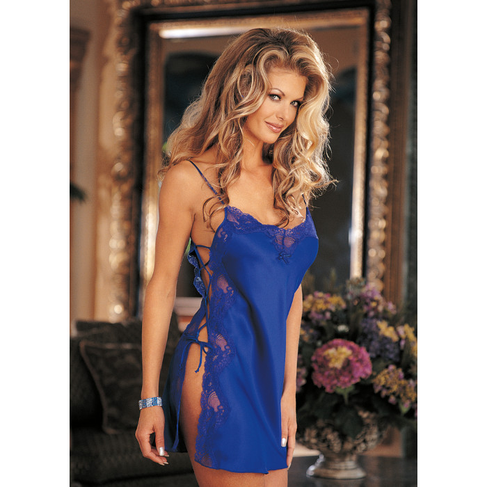 mmj-Open-Side-Charm-Lace-Chemise