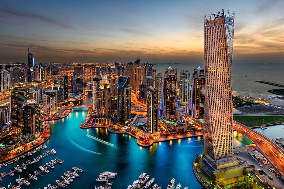 Sayonara, Singapore: G'Day, Dubai
