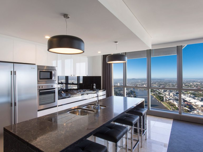 Meriton Serviced Apartment Wins At 2014 World Travel