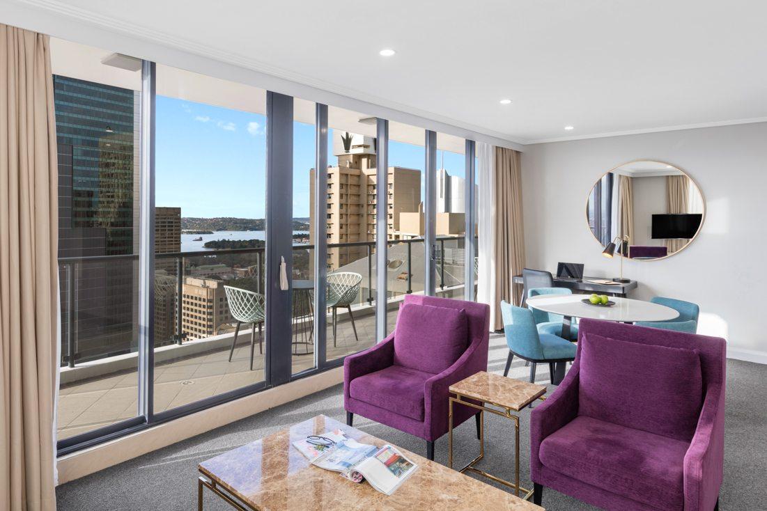 Two Bedroom Luxury Suite, Pitt Street, Sydney | Meriton Suites