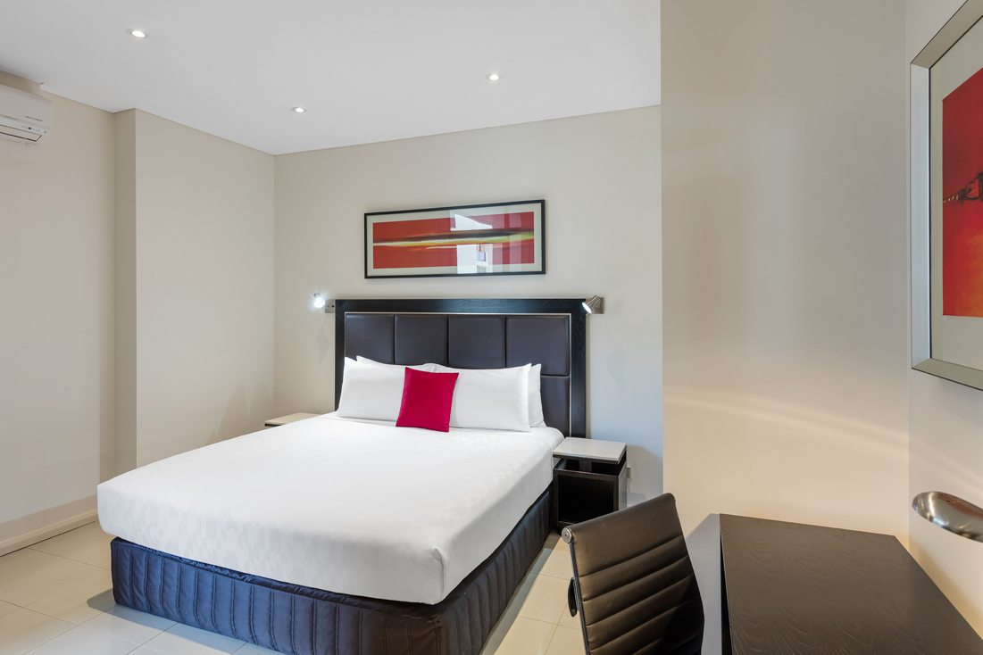 Meriton Suites Waterloo - Reserve Direct For Best Rates