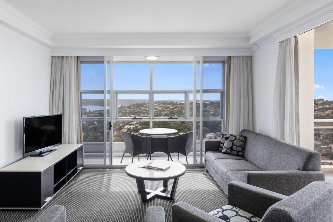 3 Bedroom Modern Suite Bondi Junction Meriton Suites