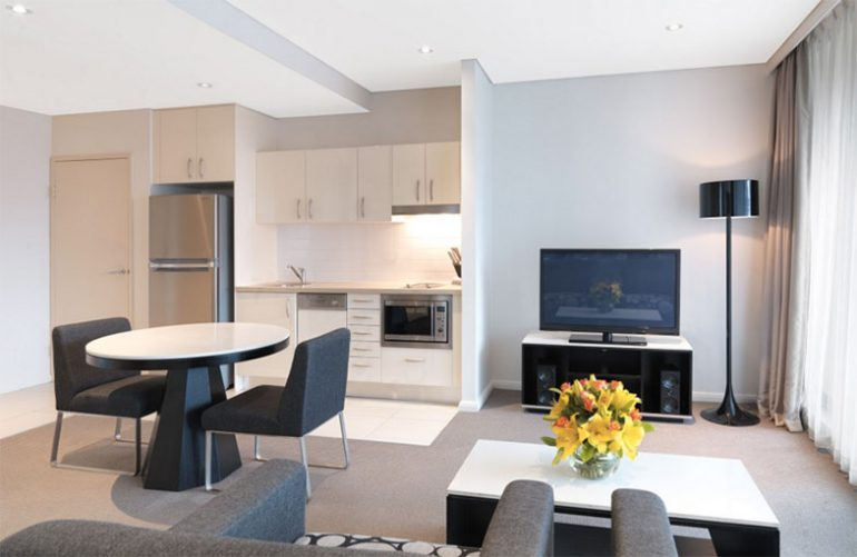 8 Reasons Why You Should Book a Serviced Apartment Over a Hotel