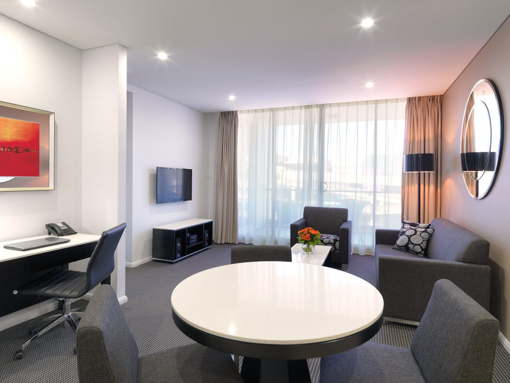 Meriton Serviced Apartments Wins 'Apartment Hotel of the Year'
