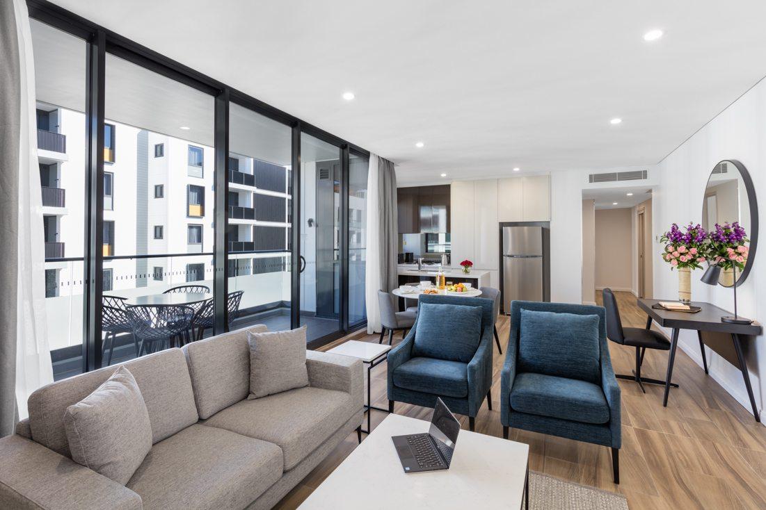 2 Bedroom Luxury Suite Meriton Suites