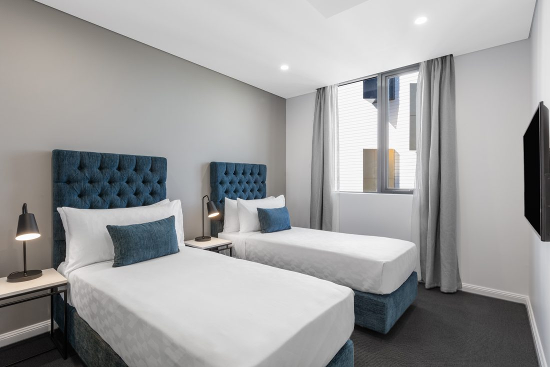 1 Bedroom Luxury Twin Suite Meriton Suites