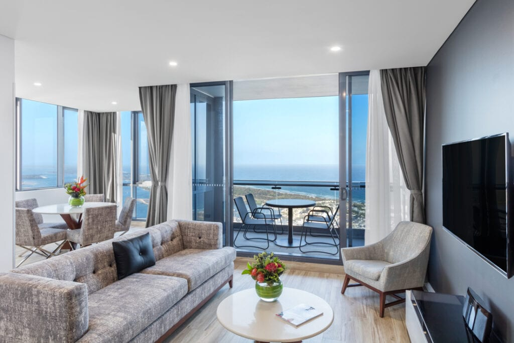 Meriton Suites wins award for unprecedented 3rd year in a row!