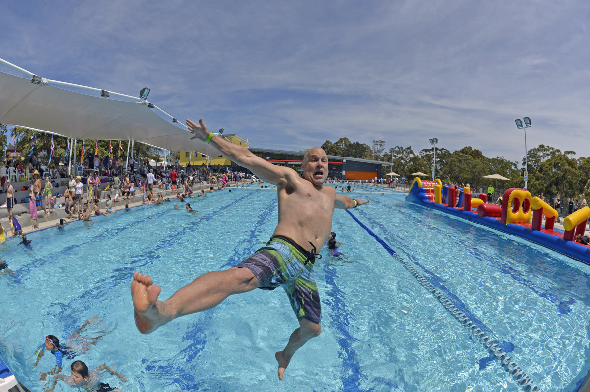Peter blakeman of extreme film photographics capalaba for Extreme pool show