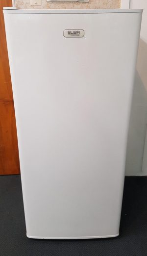 F&P Elba 150L Upright Freezer