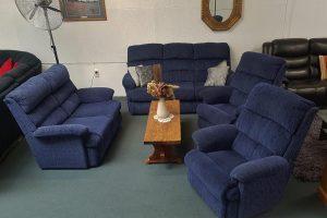 4-Piece Genuine La-Z-Boy 3+2+1+1 Lounge Suite