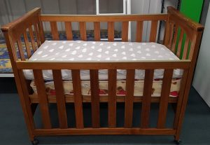 Cot with 2 mattresses