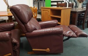 Genuine Leather La-Z-Boy Recliner – Maroon