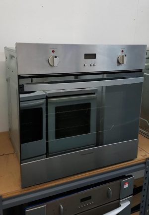 Fisher & Paykel S/Steel Single Oven – Model OB60SCMX1