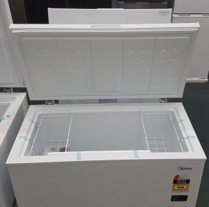 Brand New Midea 198L Chest Freezer