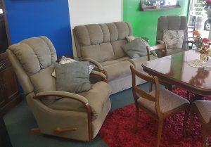 La-Z-Boy Mustang 2+1+1 Lounge Suite with Rocker Recliners