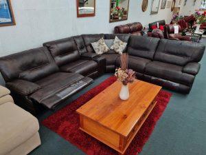 Gorgeous 6-Piece Corner Lounge Suite Future Fabric