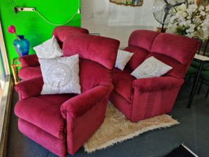La-Z-Boy 'Eden' 4 Seater Recliner Lounge Suite – Elizabeth Wine