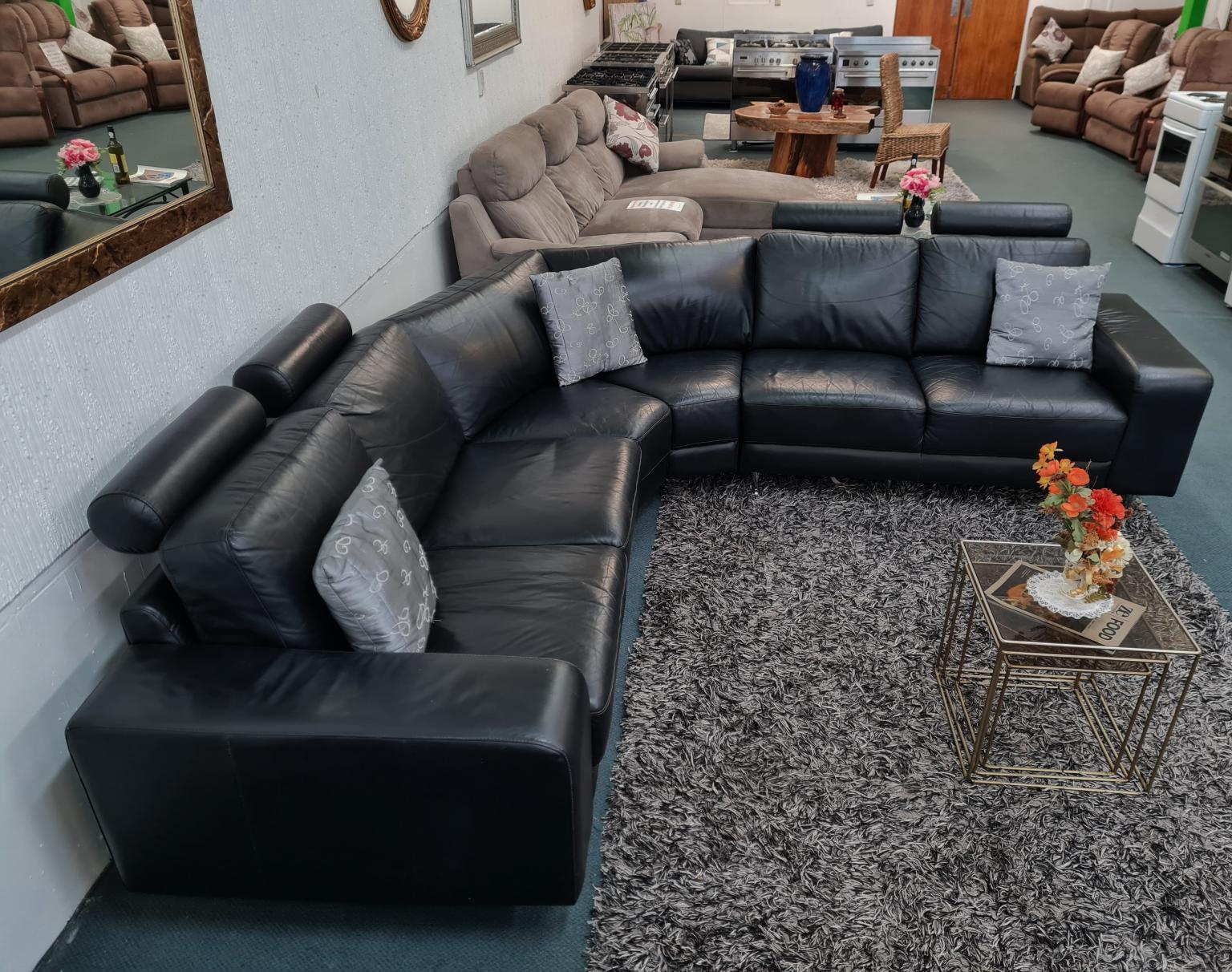 6-Seater Black Leather Corner Lounge Suite