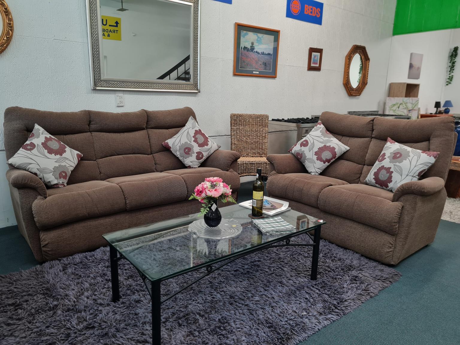 Genuine La-Z-Boy 'Jupiter' 3+2 Fabric Lounge Suite
