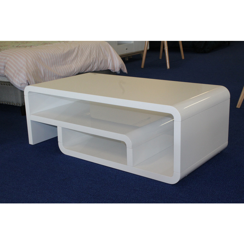 Straas Curved High Gloss Coffee Table In White: Modern Design Coffee Table In High Gloss White