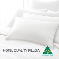 Hotel Quality Polyester and Cotton Pillow 45x72cm