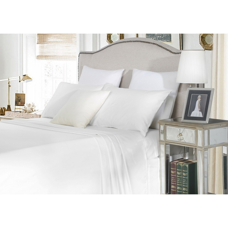Delightful Queen Cotton Fitted Bed Sheet Set In White 1500TC