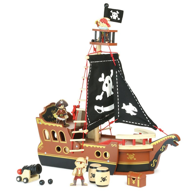 Vilac Kid's My Pirate Ship Wooden Toy Play Set 10pc