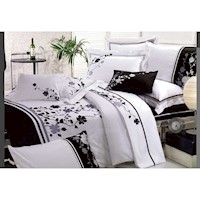Alsace Queen Embroidery Quilt Cover Set in White