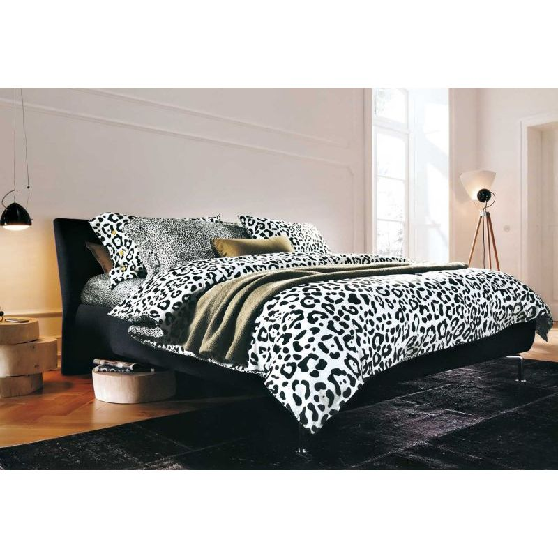 Capsa King Size Quilt Cover Set In Leopard Print Buy King Quilt Cover Sets